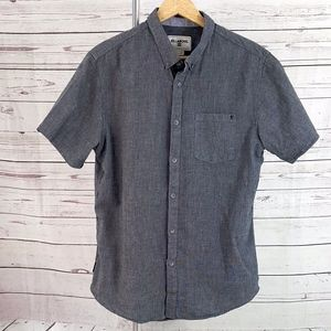 Billabong gray button down short sleeve shirt/L